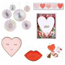 love & wedding deco